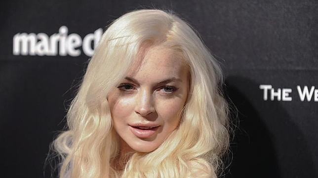 Ali Lohan ya se puso implantes - poprosacom