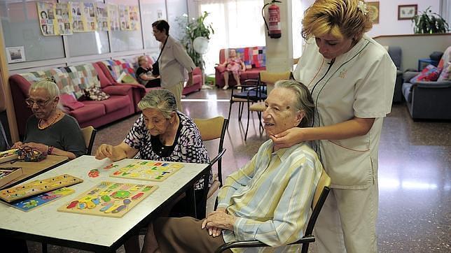 Reyesparatodos quiere llegar a ancianos y m s de 4 for Asilos para ancianos