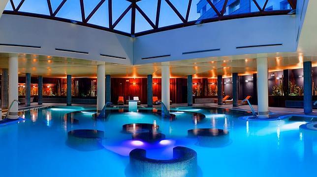 Diez tentadores hoteles con spa y vistas a la nieve for Listado hoteles 5 estrellas madrid