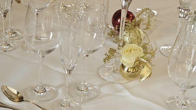 Una mesa dispuesta para la cena en el Hotel Ritz de Madrid