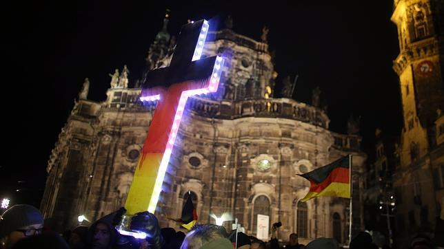 Ultraderecha, populismo nacionalista en Alemania y protestas contra los salafistas. Alemania-pegida--644x362