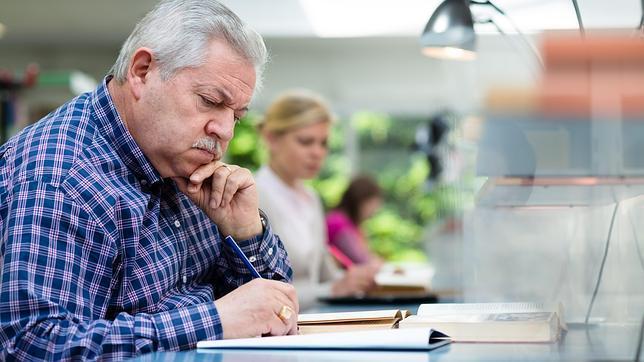 Cuando hay que memorizar datos, muchas personas prefieren los libros frente al formato digital