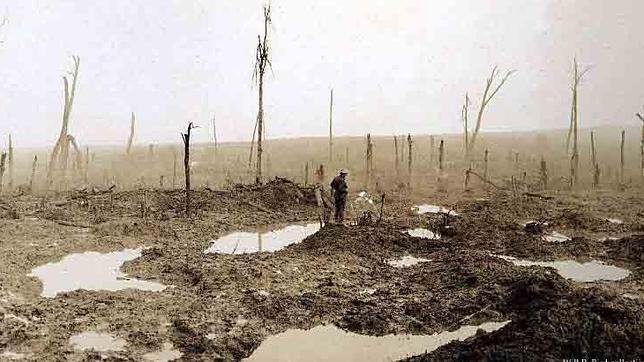 El frente en Passchendale, en noviembr de 1917, como la Ciénaga de los Muertos