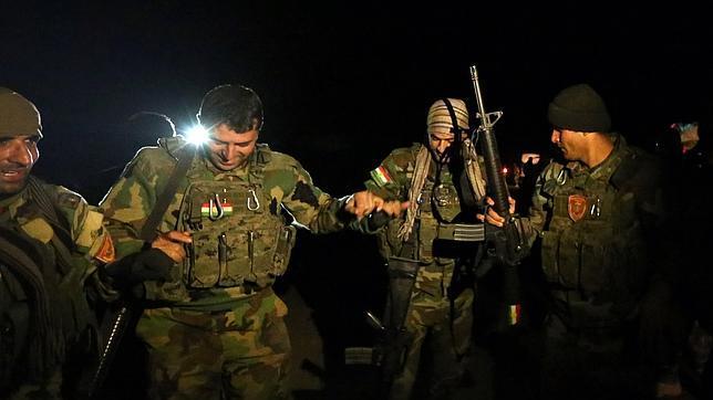 Tropas kurdas al oeste de la ciudad iraquí de Mosul