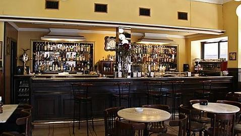 Ocho bellísimos cafés en España con mucha historia