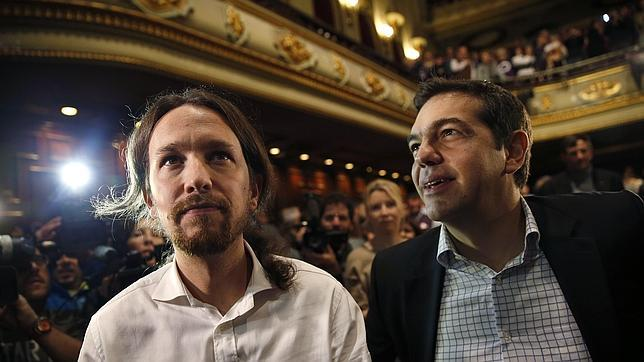 Pablo Iglesias y Alexis Tsipras, en un encuentro organizado por Podemos en Madrid el pasado noviembre