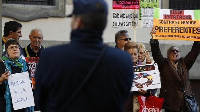 Manifestación de afectados por la venta de preferentes
