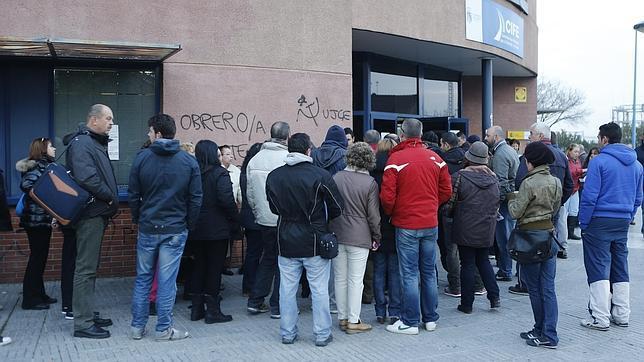La cobertura por desempleo cae hasta el 57 8 for Oficina de desempleo malaga