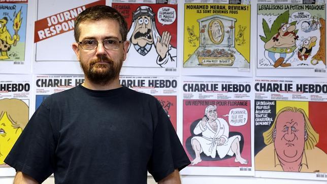 El director de Charlie Hebdo: «Prefiero morir de pie a vivir de rodillas»