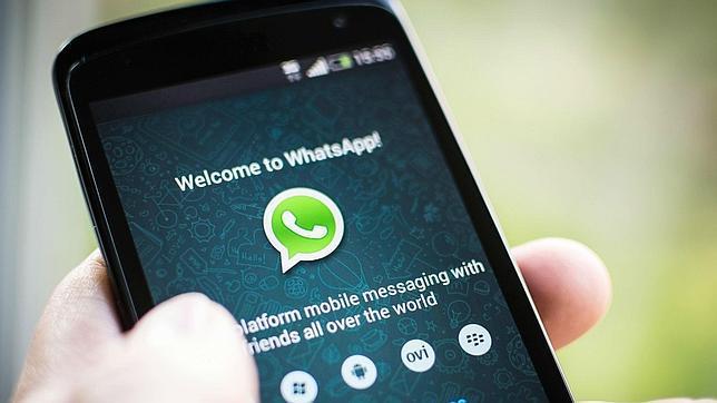 WhatsApp sigue su escalada y alcanza los 700 millones de usuarios