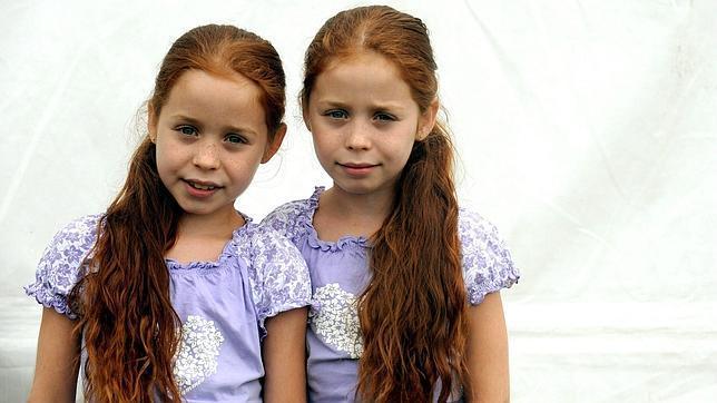 Resuelve el acertijo de las hermanas gemelas