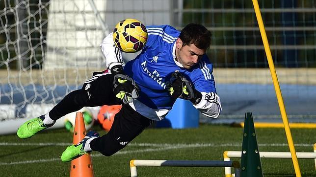Casillas: «Ojalá el club me ofrezca renovar en 2017»
