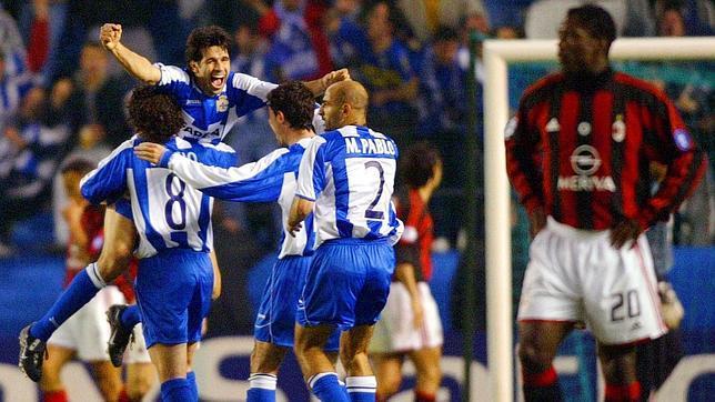 El Deportivo vivió ante el Milan una de sus grandes noches europeas