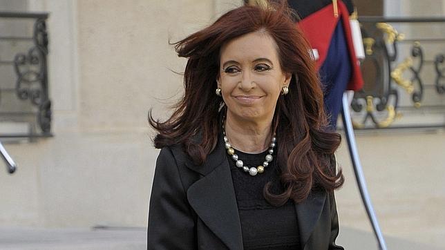 Cristina Fernández de Kirchner luciendo un collar de perlas de la firma Jean-Pierre valorado en 85.000 euros
