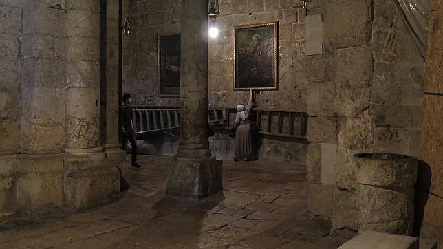 Interior de la basílica del Santo Sepulcro