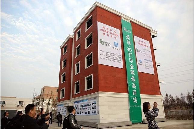Construyen un edificio de cinco pisos con una impresora 3D