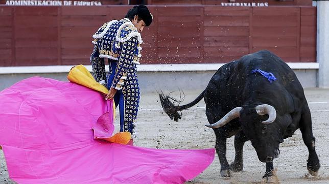 El Zotoluco y Joselito Adame salieron a hombros en León