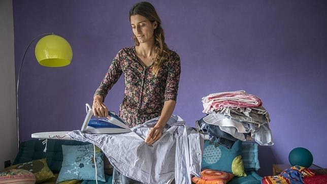 Sólo el 60% de las empleadas del hogar que trabajan en España están contratadas legalmente