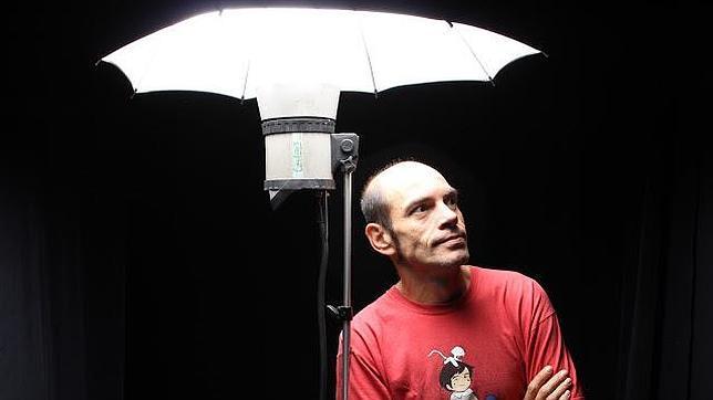 David Benedicte: «Hay poetas que esnifan los propios estrambotes de sus sonetos»