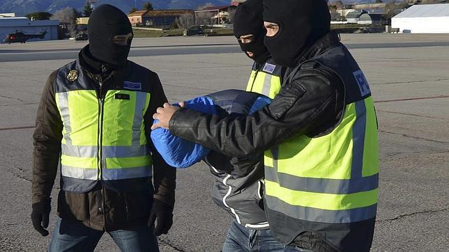 Uno de los yihadistas detenidos en Ceuta ametralló en 2007 a una patrulla