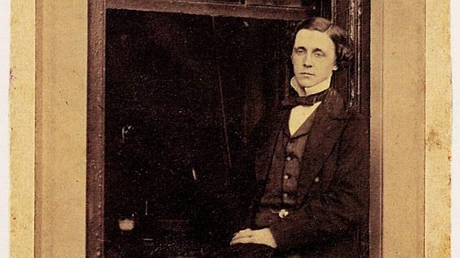Lewis Carrol, autor de «Alicia en el país de las maravillas»