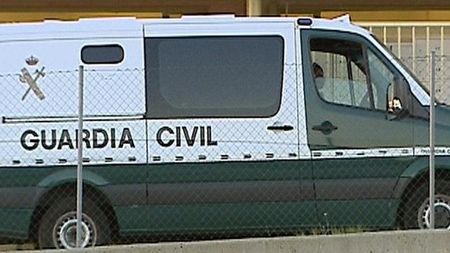Un guardia civil pasará cuatro meses en un penal militar por insultar a un superior