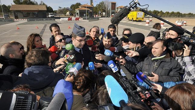 Albacete despierta con la resaca de la tragedia de la base for Oficina correos albacete