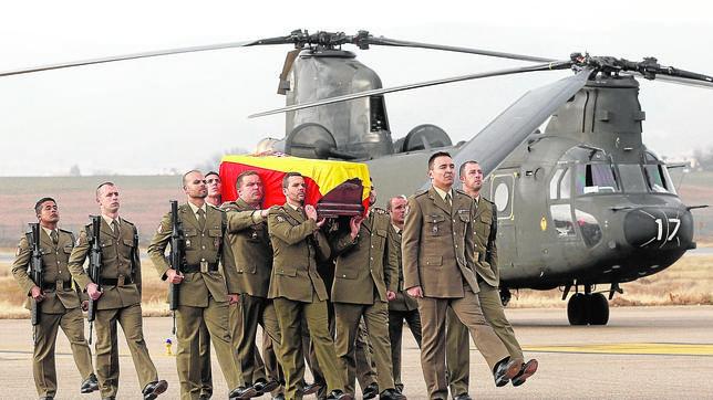 Margallo confirma que el soldado español murió víctima de fuego israelí