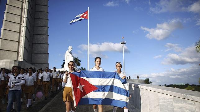 Oleada de emigrantes cubanos a EE.UU. por temor a perder ventajas migratorias
