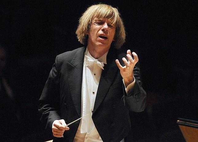 El director de orquesta Israel Yinon
