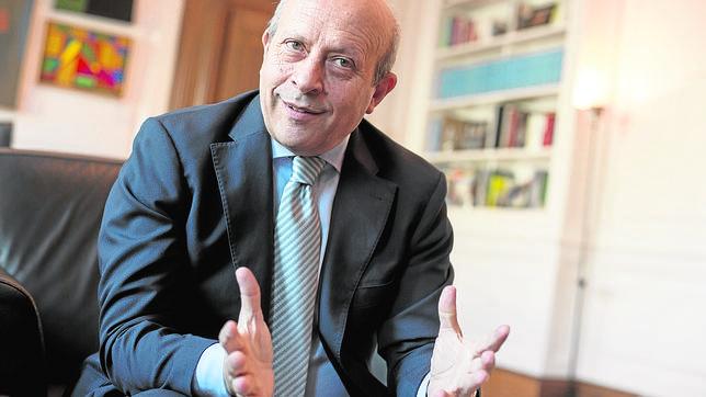 El ministro de Educación, José Ignacio Wert, durante la entrevista