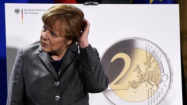 Angela Merkel reitera su negativa a condonar parte de la deuda de Grecia