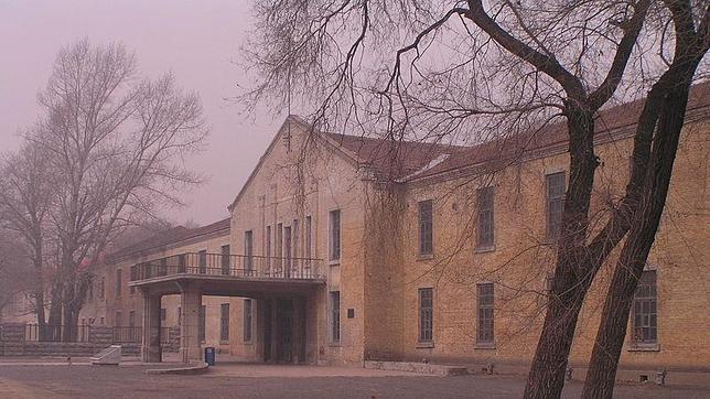 Uno de los edificios del complejo 731, en las cercanías de Pingfan (China). Los japoneses lo incendiaron para borrar las evidencias