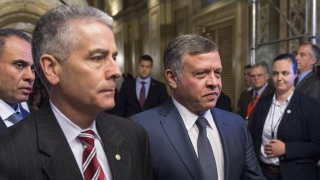 El Rey de Jordania pide unidad y condena el «cobarde terror» que es «ajeno al islám»