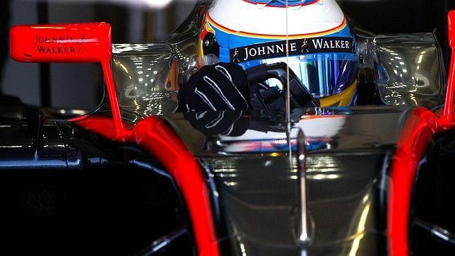 32 vueltas de Alonso y otros problemas para el McLaren