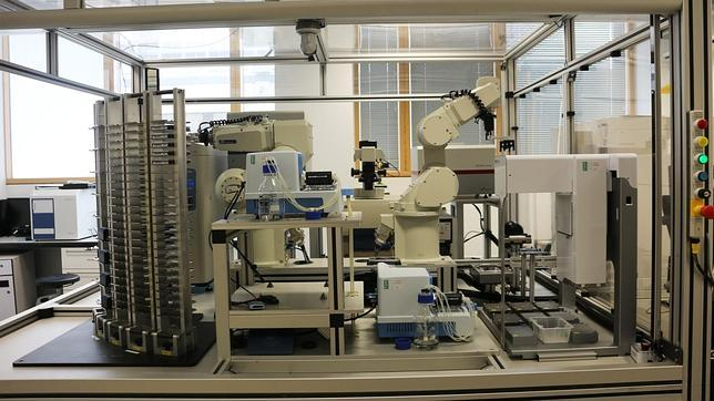 «Eva», el robot inteligente que diseña medicamentos