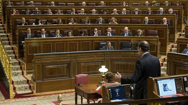 El CIS corrobora la subida de Podemos a la segunda posición, según fuentes oficiales