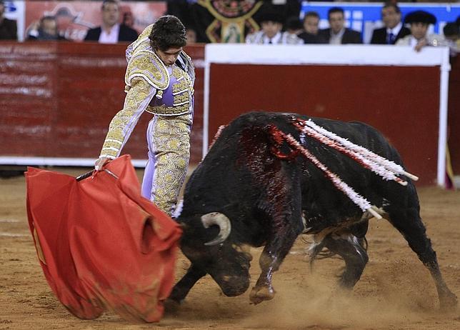 Resultado de imagen para castella ho en la corrida aniversario mexico