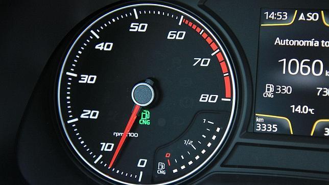 Toyota korolla el gasto de la gasolina para 100 km