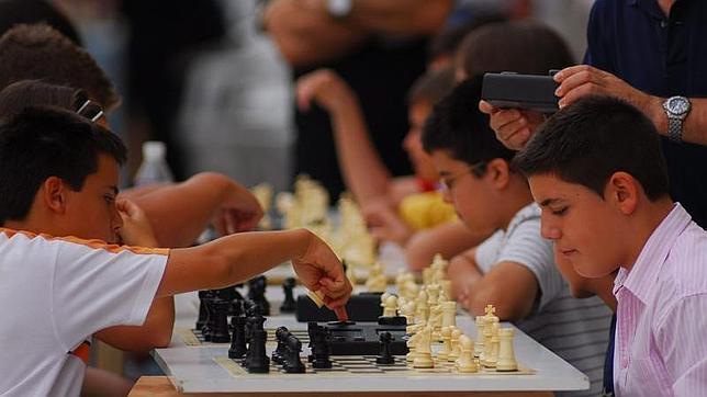 Torneo de ajedrez en las fiestas de San Bartolomé en Alcalá de Henares