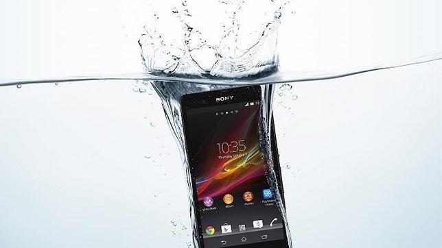 Así comprueba Sony la resistencia al agua de sus «smartphones»