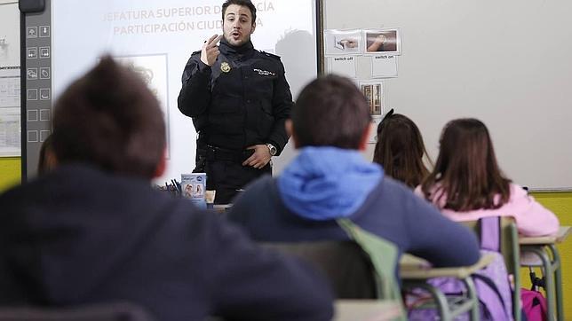 «Hoy día no hay ningún colegio donde no exista bullying»