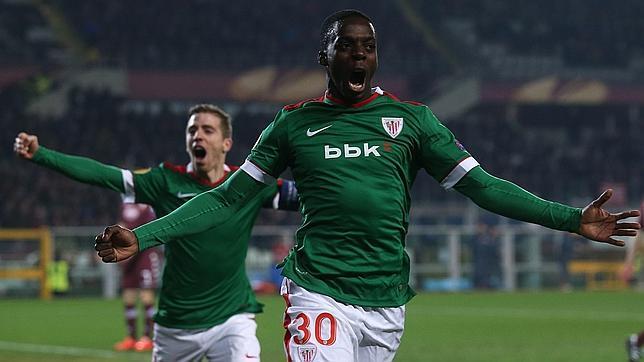 Iñaki Williams celebra su gol ante el Torino