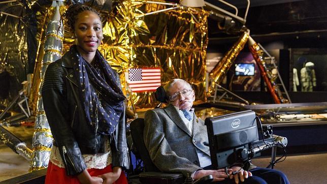 Stephen Hawking teme una guerra nuclear que acabe con el hombre y pide conquistar el espacio