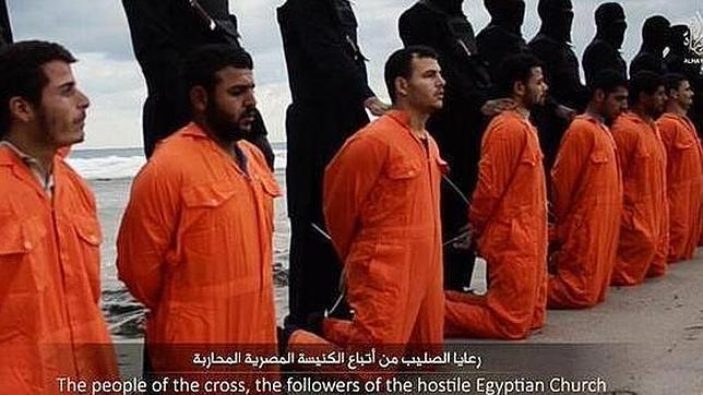 El Estado Islámico quema vivas a 43 personas en el oeste de Irak