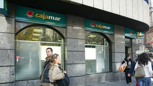 Cajamar y cetelem crean una financiera conjunta de for Oficinas de cajamar