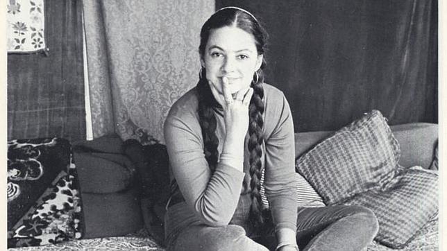 La poeta Lenore Kandel