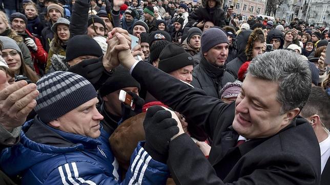 Poroshenko promete que Crimea volverá a ser parte de Ucrania