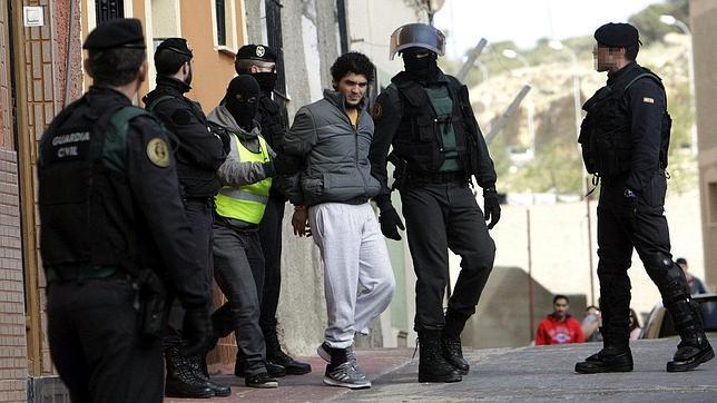 Tres españoles y un marroquí integraban la célula yihadista desarticulada