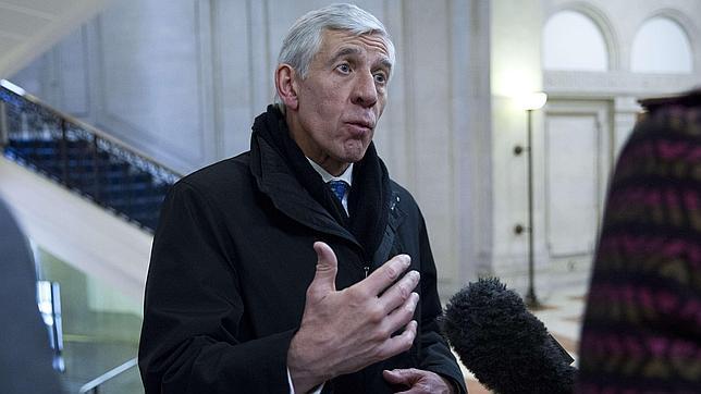 Una trampa periodística obliga a dimitir a dos políticos británicos por vender sus influencias